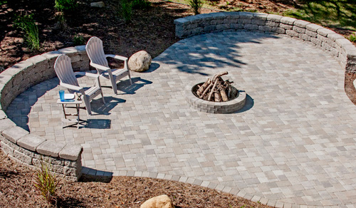 Cobblestone Patio with Seatwalls