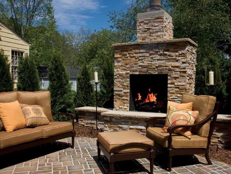 Fire Rock Outdoor Fireplaces
