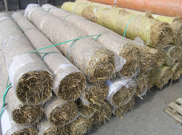 straw blanket for erosion control