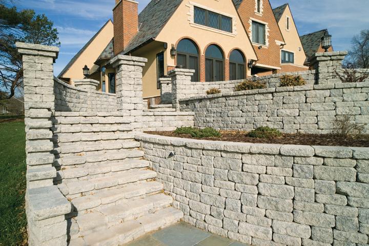 VERSA-LOK Mosaic retaining wall features
