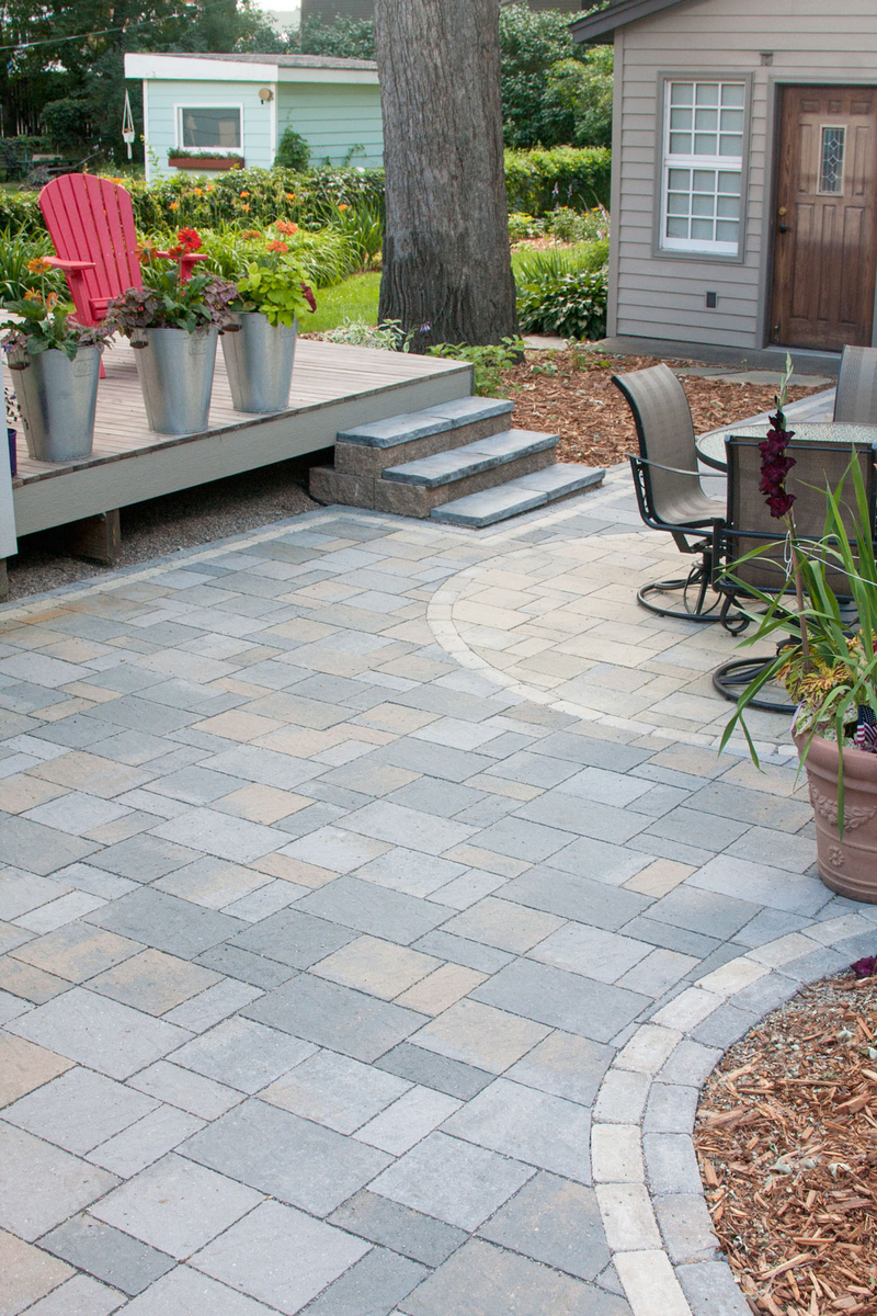 Willow Creek Paving Stones are a beautiful, durable solution for outdoor living spaces, patios, stairs, walkways, driveways, parking areas and more.