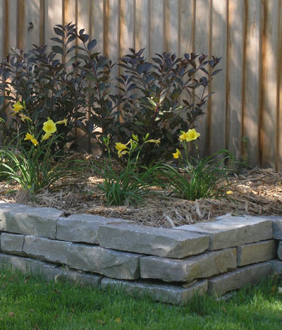 Natural Rock Retaining Wall Ideas