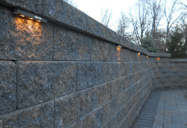 VERSA-LOK Ultra Retaining Wall