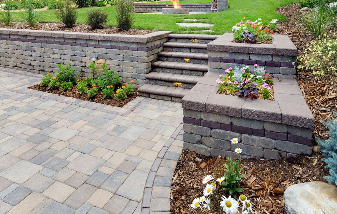 Walls, pavers & mulch are on sale!